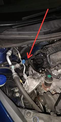 Was könnte das für eine Wasserpfütze unter dem. Auto sein?