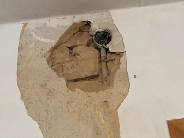 Was mache ich wenn in Altbau die Steine im Mauerwerk lose sind?