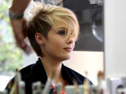 Was Meint Ihr Zu Kurzen Haaren Bei Frauen Haare Frisur