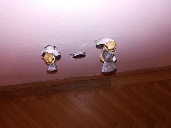 Was muss ich tun bevor ich die Küchenspüle samt Siphon und Armatur anschließe? Die Ringe schauen etwas locker aus??