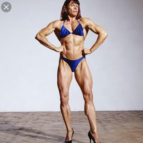 Was sagt ihr zu Frauen mit muskulösen Beinen?