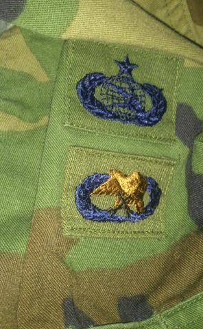 Was sind das für Abzeichen Us Army?