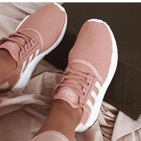 Was sind das für Pinke Adidas Schuhe?