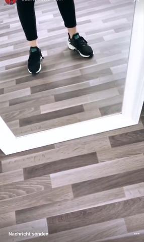 Sneakersuche - (suche , Sneaker)