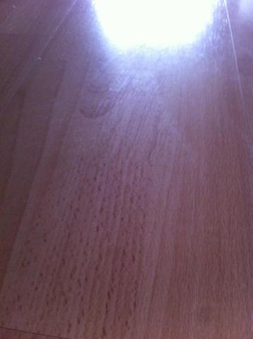 Was Sind Ursachen Für Schlieren Nach Dem Wischen Von Laminat Putzen - Schlieren auf fliesen nach dem wischen