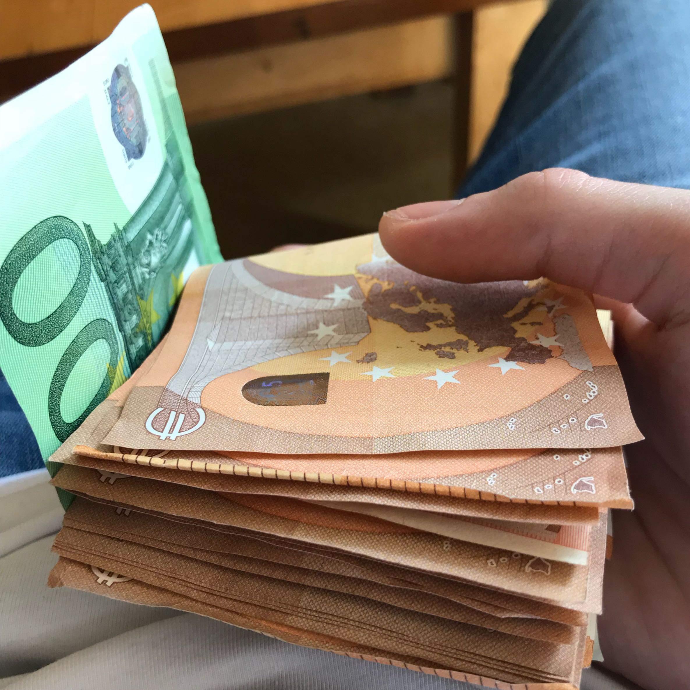 Pate zur konfirmation wieviel als geld schenken Wie viel