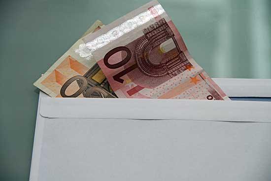 Beispielbild für meine Situation - (Geld, Post, Postgeheimnis)