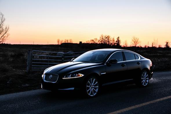 Was verbindet ihr mit der Automarke Jaguar?