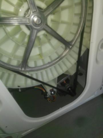 Waschmaschine Schleudert Nicht Mehr Bilder Sind Im Anhang Brummt