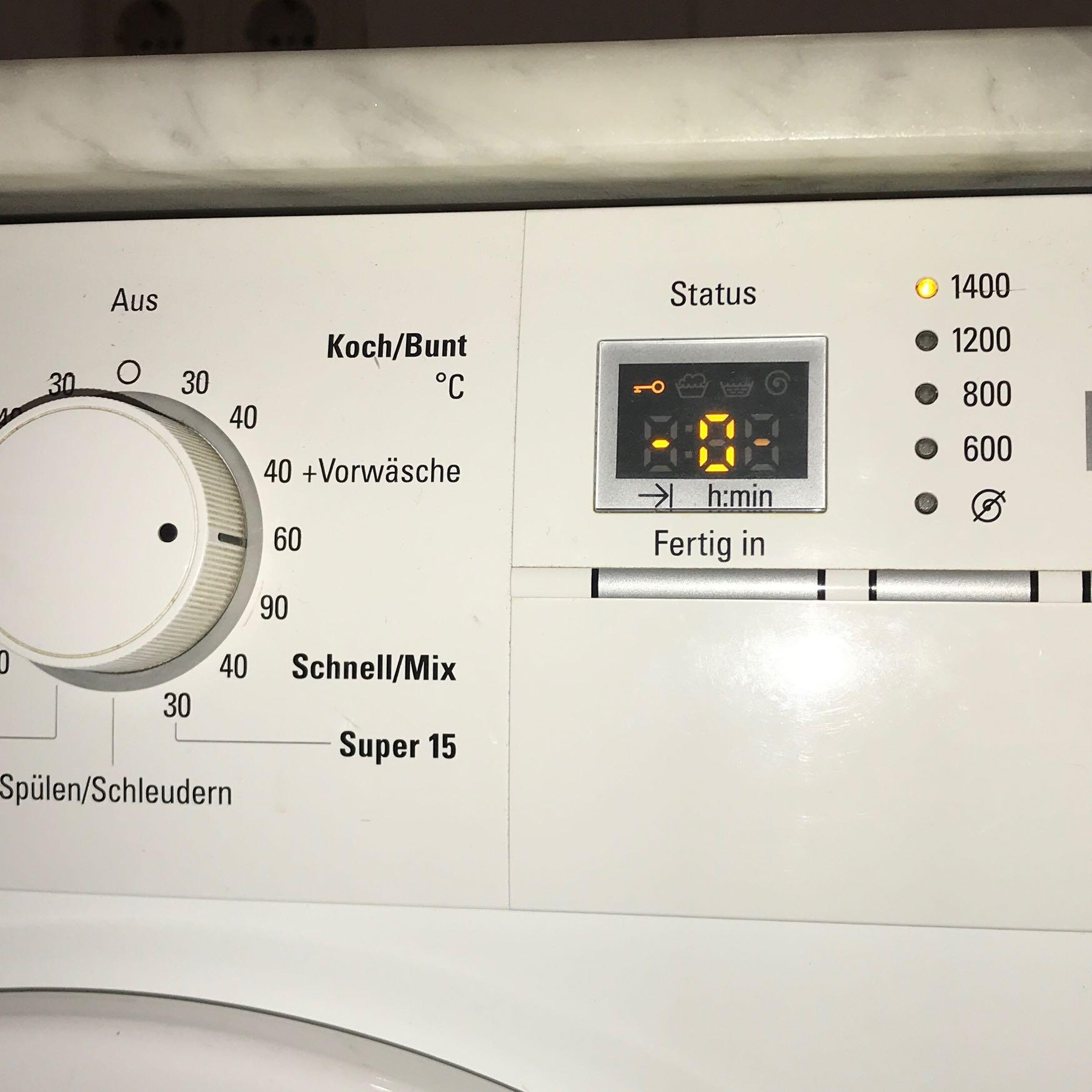Siemens Waschmaschine Schlüssel : waschmaschine siemens zeigt schl ssel wei e w sche ~ Watch28wear.com Haus und Dekorationen