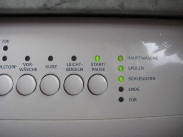 waschmaschine zanker sf 2400 startet nicht mehr l uft nicht. Black Bedroom Furniture Sets. Home Design Ideas