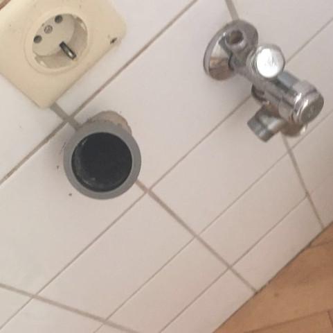 waschmaschinen anschluss oder waschbecken anschluss k che handwerk rohr. Black Bedroom Furniture Sets. Home Design Ideas