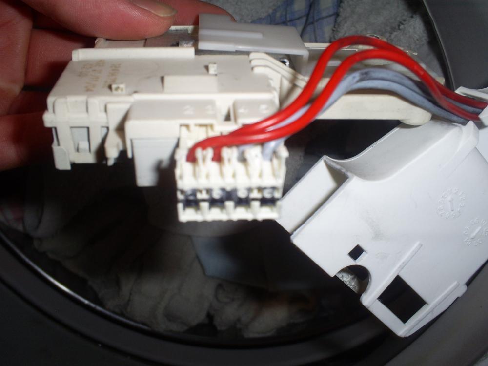 Waschmaschinen Türschloss Kabel überbrücken. Aber Wie..?! (Technik ...