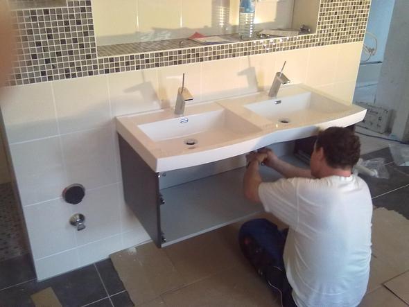 waschtisch selbst bauen aber wie waschbeckenunterschrank. Black Bedroom Furniture Sets. Home Design Ideas