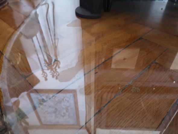 wasser zwischen boden und glas was soll ich tun haushalt livehack. Black Bedroom Furniture Sets. Home Design Ideas