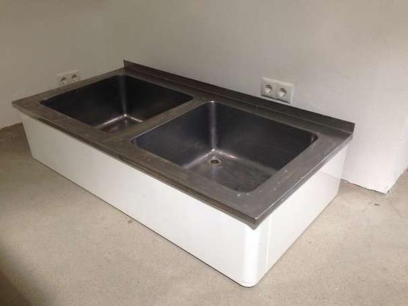 wasseranschluss und abfluss seitlich versetzt geht das sauber wasser installation handwerk. Black Bedroom Furniture Sets. Home Design Ideas