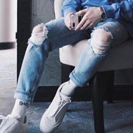 Das Bild kommt von der Insta Seite von Justin  - (Mode, Kleidung, Nike)