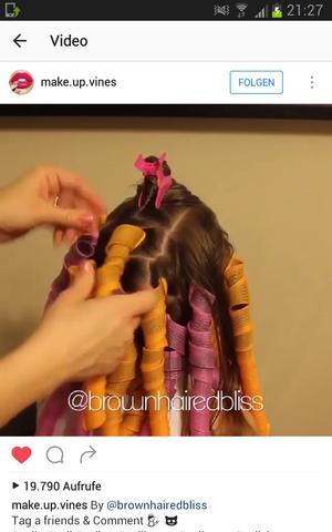 Die haare werden durch diese Schläuche gezogen und drehen sich dann quasi - (Haare, Beauty, Locken)
