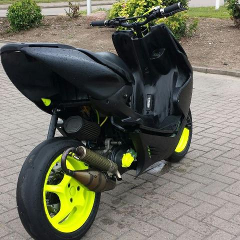 Weiss Jemand Die Genaue Benennungen Dieser Farbe Scooter Aerox