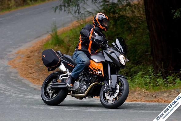 Das ist die KTM 990 sm t wie oben beschrieben :) - (Motorrad, 125ccm, Supermoto)