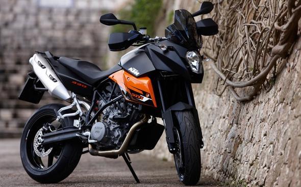 Und nochmal eins! - (Motorrad, 125ccm, Supermoto)