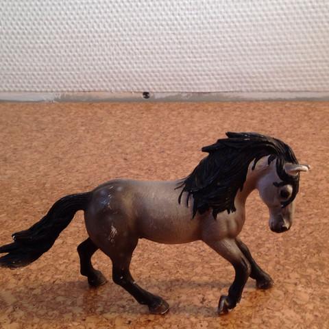 Pferd von Schleich  - (schleich, Fellfarbe)