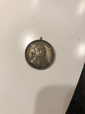 Weiß jemand was das für eine Münze ist/ Münze Kaiser Wilhelm II?