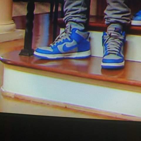Weiss jemand was das für Sneaker sind das?