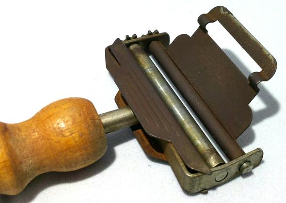 das Gerät 3 - (Werkzeug, Teile, Antik)