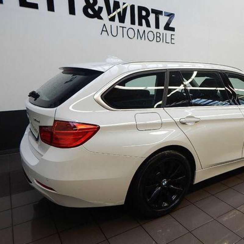 wei jemand was der bmw 318d touring ungef hr in der. Black Bedroom Furniture Sets. Home Design Ideas