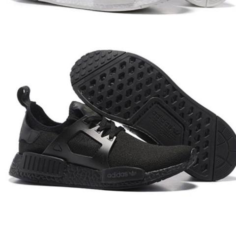 Bild 1 - (Schuhe, adidas)