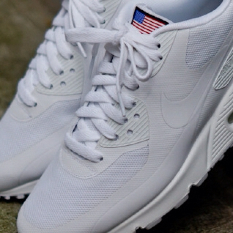nike air max independence weiss