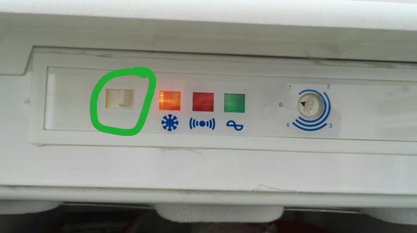 Bosch Kühlschrank Schalter : Weiß jemand wofür dieser schalter am gefrierschrank ist küche