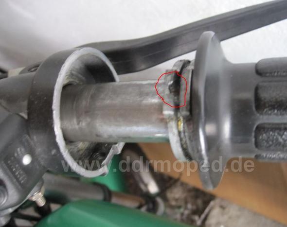 Bild - (Moped, Gas, Schrauben)
