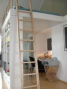 wei wer wo ich ein hochbett mit eingebautem schrank unten finden. Black Bedroom Furniture Sets. Home Design Ideas