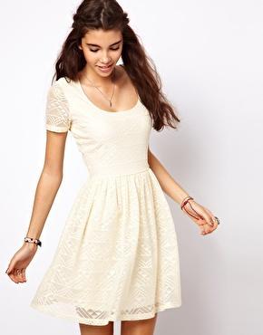 Weißes Kleid für den Sommer? (Mode, Kleidung, Meinung)