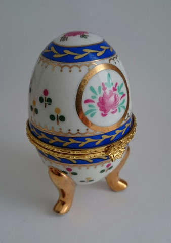 Eierbecher, vergoldet - (Eier, teuer, Geschirr)