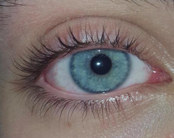 - (Augen, Farbe, Lifestyle)