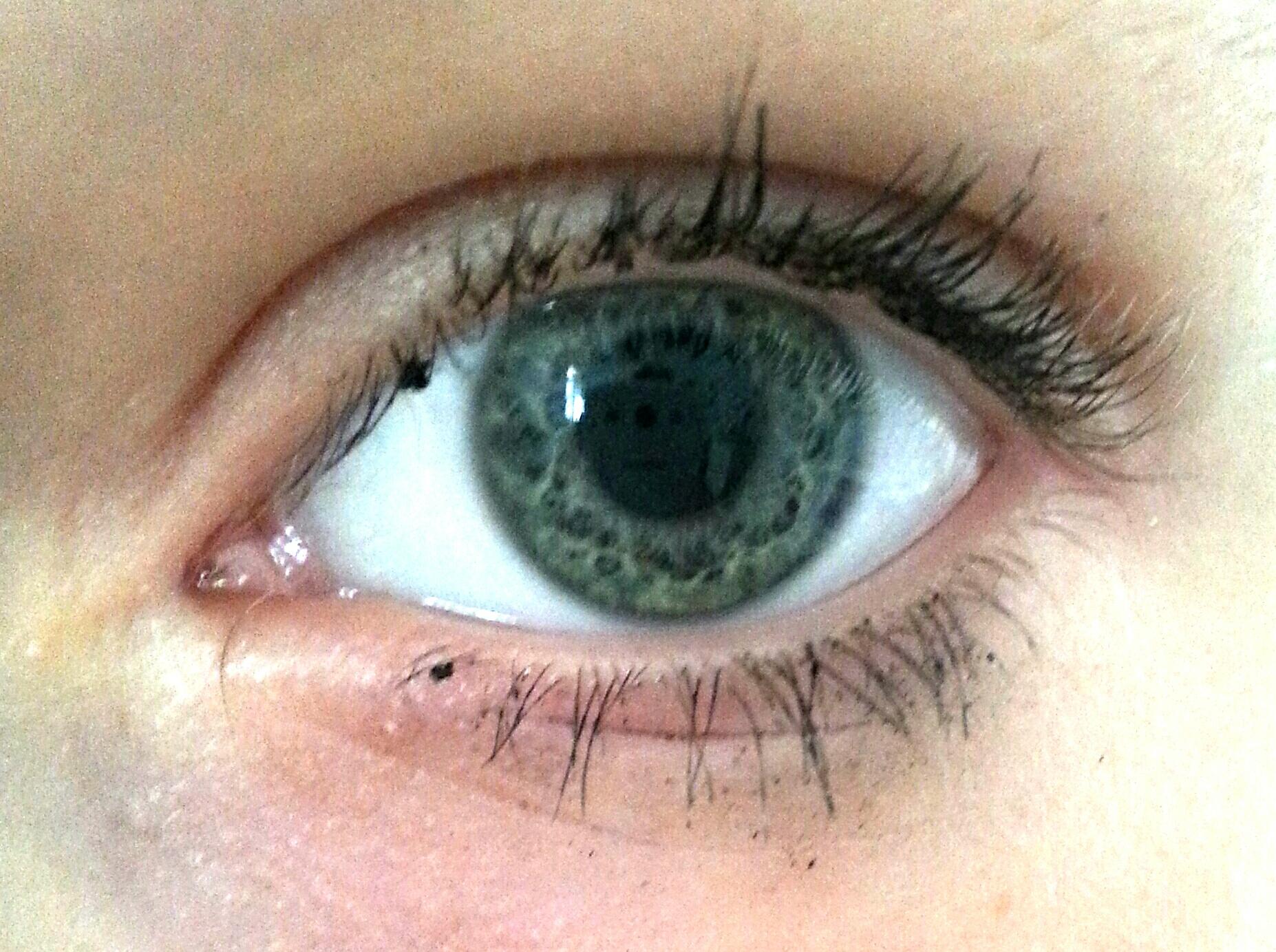 welche augenfarbe habe ich? grün oder blau? (Beauty, Augen)