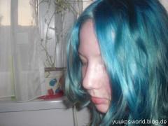 (Bild 1) Die Haarfarbe entspricht nicht der Farbe der tönug >_< - (Haare, Haarfarbe, färben)
