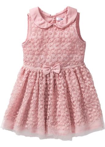 Welche Farbe soll die Strumpfhose haben, wenn das Kleid Altrosa ist?