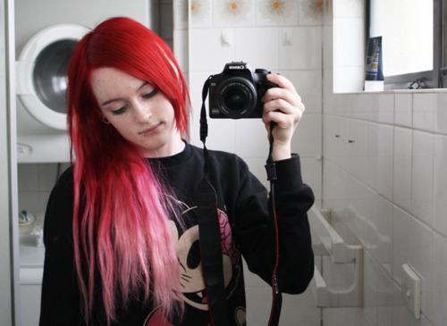 Welche Farben Passen Zu Roten Haaren Bunte Strähnen Zu Rote Haare