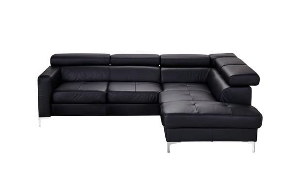 Welche Farben passen zum schwarzen Ledersofa und Sessel?