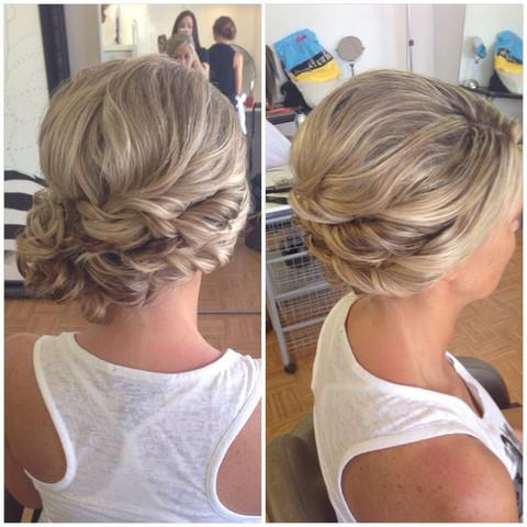 Welche Frisur Gefallt Euch Besser Fur Eine Hochzeit Haare Ideen