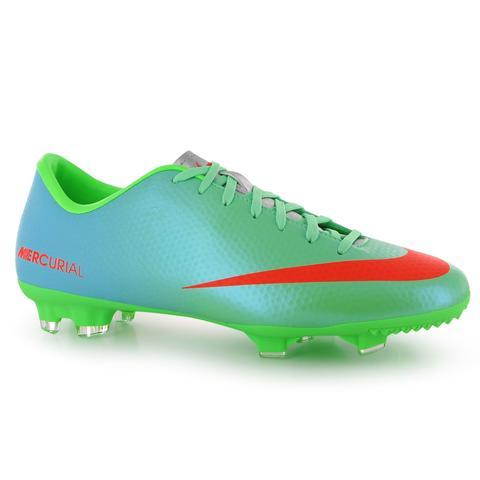 Hier die schuhe - (Fußball, Schuhe, fussballer)