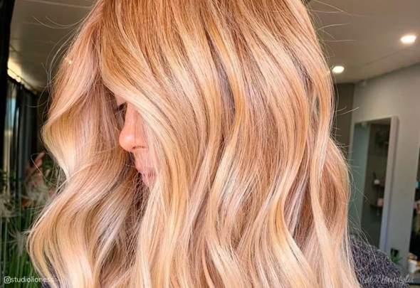 Schöner Braunton Haare