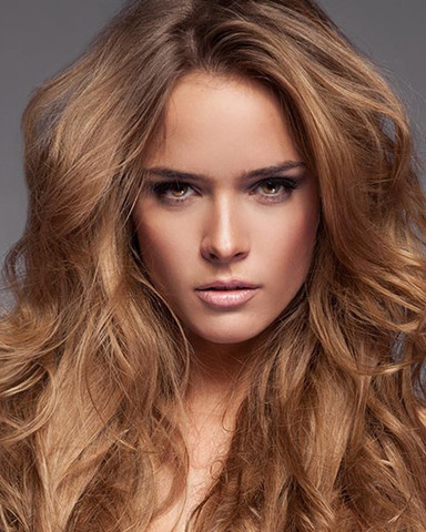11 - (Haare, Frauen, Friseur)