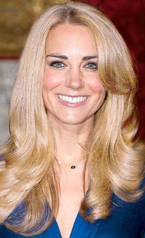 Welche Haarfarbe Passt Besser Zu Kate Middleton Blond Oder Braun