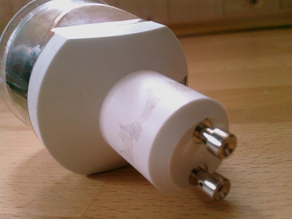 welche lampe ist das ich brauche eine ersatzlampe daf r bezeichnung. Black Bedroom Furniture Sets. Home Design Ideas