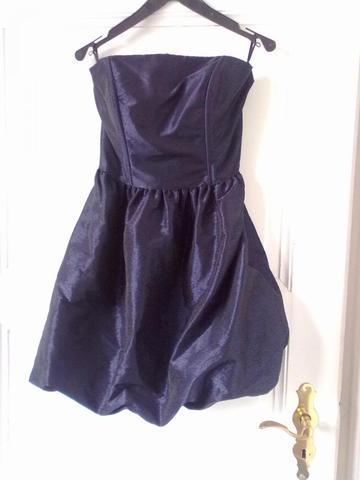welche farbe passt zu flieder kleid ostseesuche com. Black Bedroom Furniture Sets. Home Design Ideas